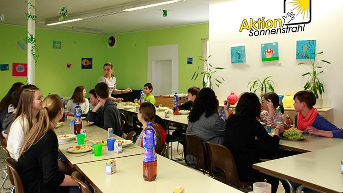 Gemeinsames Essen Schülertreff und Bismarckschule